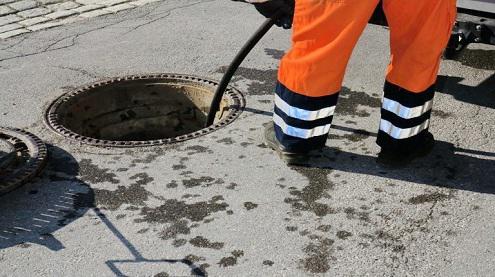 Vos WC ou évier sont encrassés? Appelez-nous pour un curage canalisation.