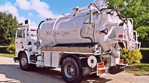 Camion poids lourds pour interventions de pompage canalisation